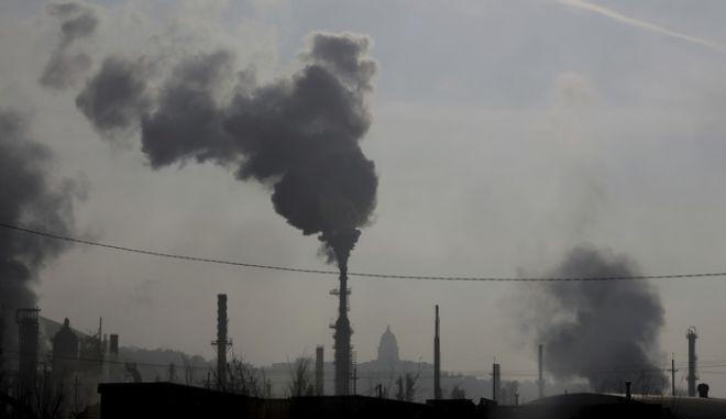 Η ατμοσφαιρική ρύπανση συνδέεται με ψυχωσικά επεισόδια στους νέους