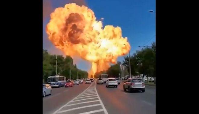 Ρωσία: Ισχυρή έκρηξη σε βενζινάδικο