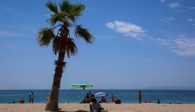 Εικόνα από παραλία της Αττικής