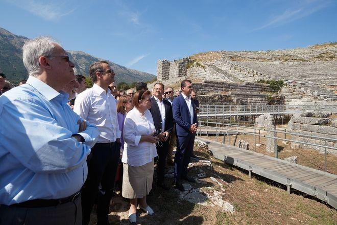 Στο αρχαίο θέατρο Δωδώνης ο Κυριάκος Μητσοτάκης
