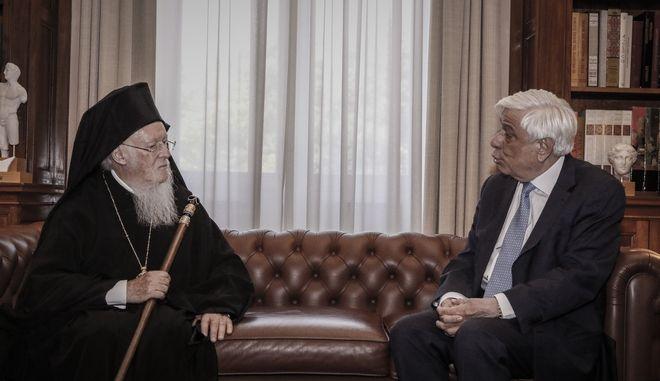 Ο Προκόπης Παυλόπουλος με τον Οικουμενικό Πατριάρχη Βαρθολομαίο τον Ιούνιο του 2018