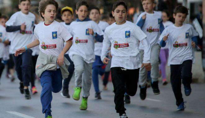 Ο Μπάρμπα Στάθης έτρεξε μαζί με 2.000 παιδιά στον Παιδικό Αγώνα 'ΜΕΓΑΣ ΑΛΕΞΑΝΔΡΟΣ'