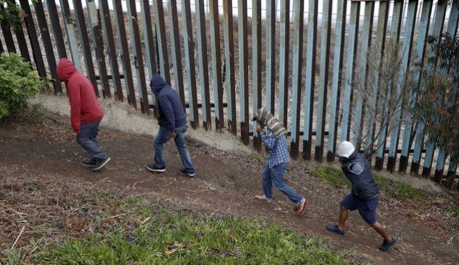Φράχτης στα σύνορα ΗΠΑ - Μεξικού