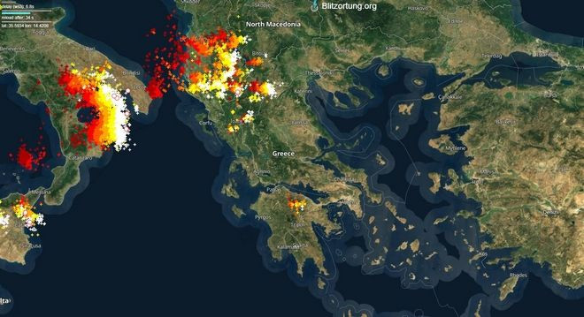 Καιρός: Ξεκίνησε η κακοκαιρία από τη Βόρεια Ελλάδα - Πώς θα κινηθεί τις επόμενες ώρες