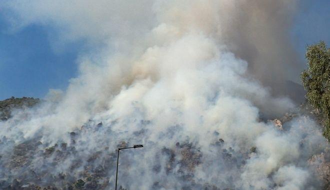 Πυρκαγιά στην περιοχή Λουτρακίου - Περαχώρας