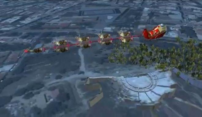 Ο Άγιος Βασίλης πέταξε πάνω από την Αθήνα, 'την βάση του δυτικού πολιτισμού'