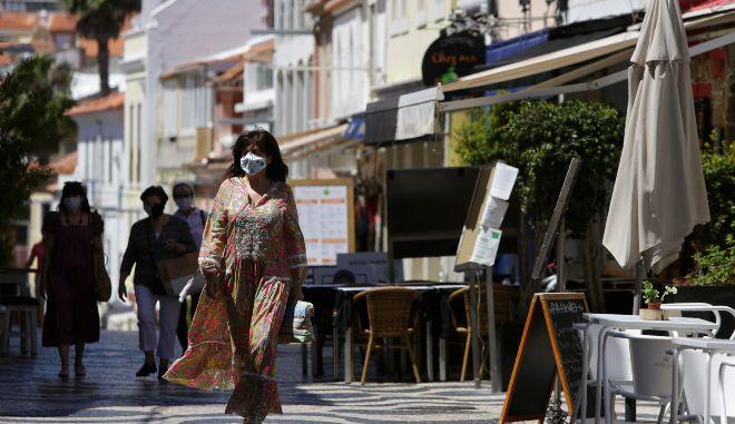 Πορτογαλία: Βρετανοί τουρίστες φεύγουν άρον άρον για να γλυτώσουν την καραντίνα