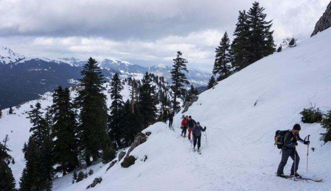 Η άνοιξη ήρθε αλλά το χιόνι στα χιονοδρομικά παραμένει πυκνό για τους φίλους του σκι