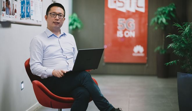 O Country Manager (consumer Goods) της Huawei  στην Ελλαδα, κ. Lin Bing