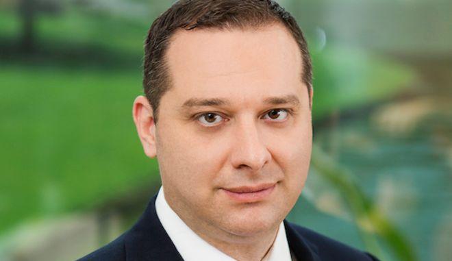 O Βαγγέλης Ζαρκαλής, συντονιστής των εμπορικών κέντρων της Lamda Development και  Center Manager του The Mall Athens