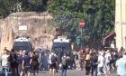 Ιταλία: Επίθεση νεοφασιστών κατά δημοσιογράφων και αστυνομικών στο κέντρο της Ρώμης