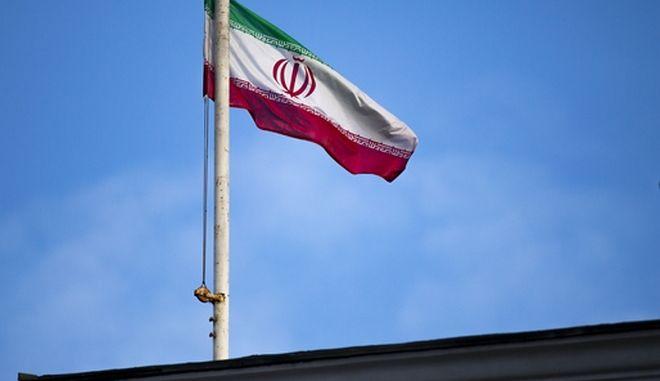 Η σημαία του Ιράν.