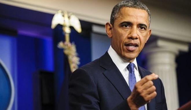 Ομπάμα: Τραμπ και Κρούζ μας προσφέρουν πολύτιμες 'υπηρεσίες'