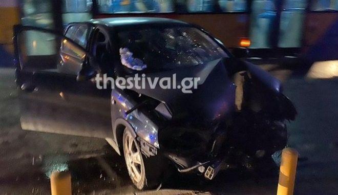 Θεσσαλονίκη: Αυτοκίνητο έπεσε σε κολόνα – Αγνοείται ο οδηγός