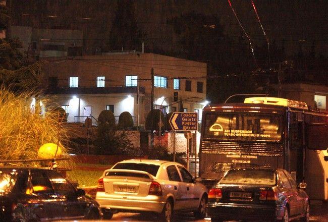 Επίθεση με καλάσνικοφ στην ισραηλινή πρεσβεία