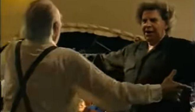 Μίκης Θεοδωράκης: Το θρυλικό συρτάκι με τον Άντονι Κουίν στο Μόναχο το 1995