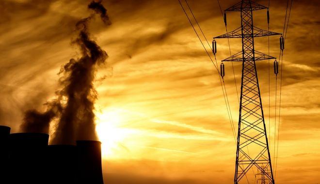 Ρεκόρ κατανάλωσης ηλεκτρικού ρεύματος λόγω καύσωνα