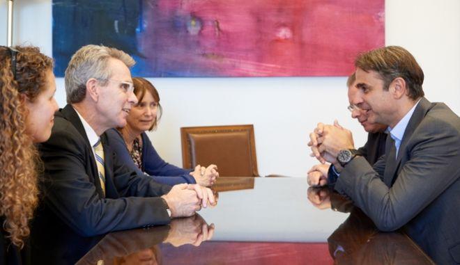 Συνάντηση Μητσοτάκη με Πάιατ και Κάβαλετς για τρομοκρατία