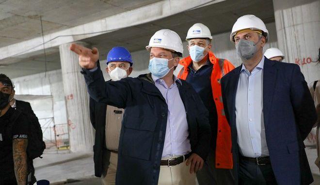 Κώστας Καραμανλής, Κωνσταντίνος Μιτζάλης (Διευθύνων Σύμβουλος της Αβαξ), Νίκος Ταχιάος (Πρόεδρος της Αττικό Μετρό ΑΕ), Γιώργος Καραγιάννης
