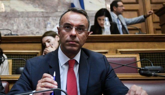 Ο υπουργός Οικονομικών Χρήστος Σταϊκούρας στην αρμόδια επιτροπή της Βουλής.)