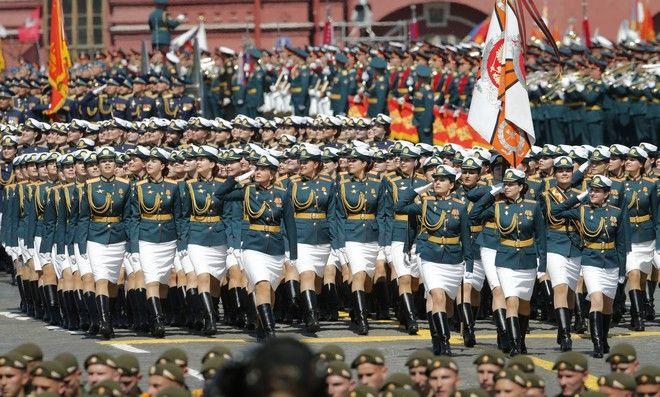 Παρέλαση για τη νίκη κατά του ναζισμού στη Ρωσία (AP Photo/Alexander Zemlianichenko)