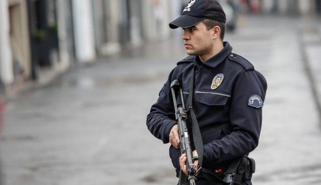 Τουρκία: Συνέλαβαν 7 άτομα που σχεδίαζαν επιθέσεις αυτοκτονίας