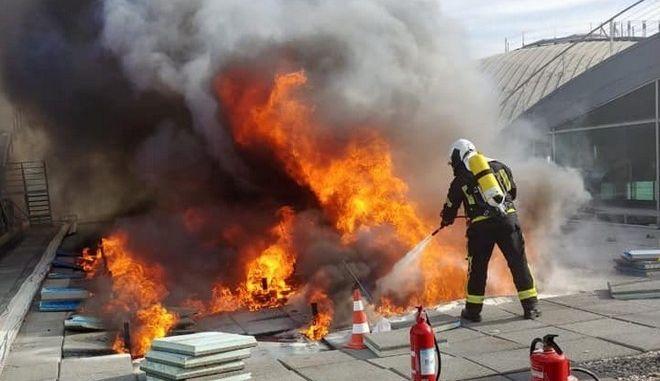 Ισπανία: Εκκενώθηκε το αεροδρόμιο του Αλικάντ λόγω φωτιάς