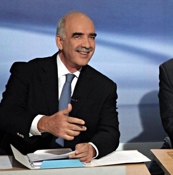 Greek Party leaders before a televised election debate, broadcast live in Greece from state-run TV studios, in Athens on Wednesday, Sept. 9, 2015. /             .
