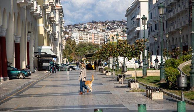 Κορονοϊός: Η διασπορά των 2.581 νέων κρουσμάτων - 582 στην Αττική, 673 στη Θεσσαλονίκη