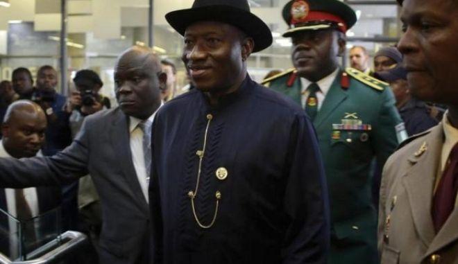 Ποινικοποιούνται οι ομοφυλοφιλικές σχέσεις στη Νιγηρία