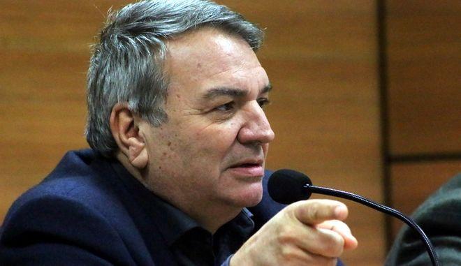 ΑΡΓΟΣ-Εκδήλωση με θέμα: «Η Προοδευτική Δημοκρατική Παράταξη είναι οι πολίτες που θα θελήσουν να την στηρίξουν» με κεντρικούς ομιλητές το Νίκο Μπίστη (εκ των ιδρυτικών στελεχών της «Κίνησης των 58») και το  Γεράσιμο Γεωργάτο πραγματοποιήθηκε την Δευτέρα 27 Ιανουαρίου στο Άργος στην αίθουσα του Εργατικού Κέντρου. Παρόντες ήταν ο ΥΠΕΚΑ Γιάννης Μανιάτης, ο αντιπεριφερειάρχης Τάσος Χειβιδόπουλος ,ο θεματικός αντιπεριφερειάρχης Ανδρέας Πουλάς,ο περιφερειακός σύμβουλος Φάνης Στεφανόπουλος και πολλά  στελέχη του ΠΑΣΟΚ.Στη φωτογραφία ο Νίκος Μπίστης. (eurokinissi -Βασίλης Παπαδόπουλος)