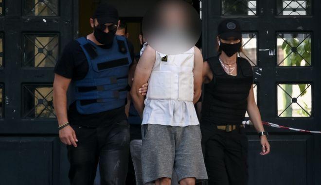 Πετράλωνα: Προφυλακιστέος ο 35χρονος για τον βιασμό - Χτύπησε το κεφάλι του στον τοίχο