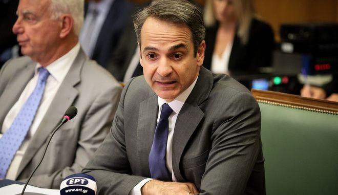 Στιγμιότυπο από την πρώτη συνεδρίαση του υπουργικού συμβουλίου της κυβέρνησης Μητσοτάκη