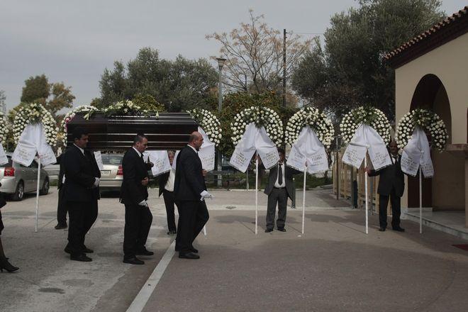 Kηδεία του Γιάννη Καλαϊτζή στο Γ΄ Νεκροταφείο.(EUROKINISSI-ΣΤΕΛΙΟΣ ΣΤΕΦΑΝΟΥ)