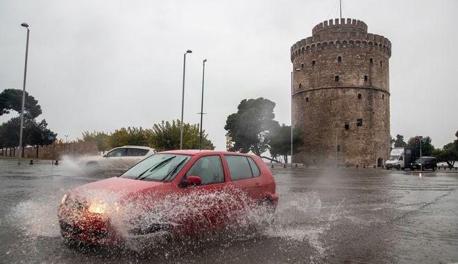 Κακοκαιρία στη Θεσσαλονίκη (φωτογραφία αρχείου)