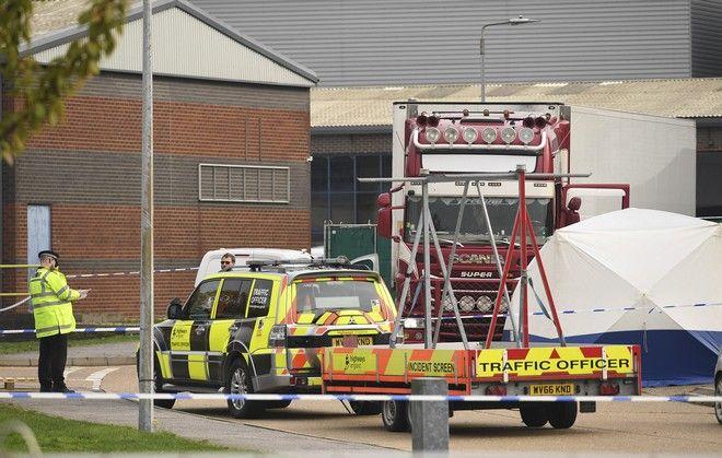 Φρίκη στο Έσσεξ της Βρετανίας: Βρέθηκαν 39 πτώματα μέσα σε φορτηγό