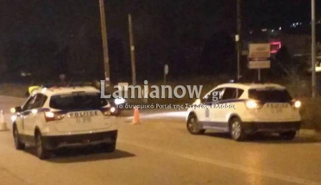 Λαμία: Καταδίωξη και χειροπέδες σε κατά φαντασίαν αστυνομικό