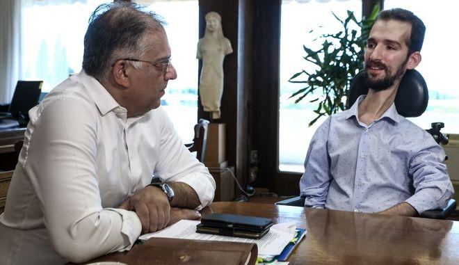 Συνάντηση του υπουργού Εσωτερικών Τάκη Θεοδωρικάκου με  τον ευρωβουλευτή Στέλιο Κυμπουρόπουλο, την Τρίτη, 20 Αυγούστου 2019. (EUROKINISSI/ΧΡΗΣΤΟΣ ΜΠΟΝΗΣ)