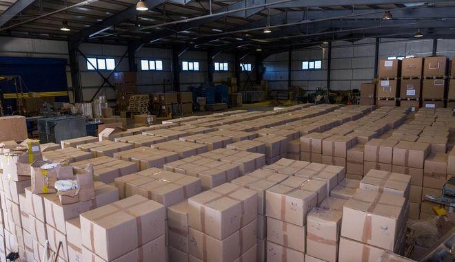 Είχαν στήσει... εργοστάσιο παραγωγής λαθραίων τσιγάρων