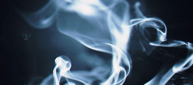 Νέα Έρευνα: 45,6% των Ελλήνων πιστεύει πως τα εναλλακτικά προϊόντα καπνίσματος είναι λιγότερο βλαβερά
