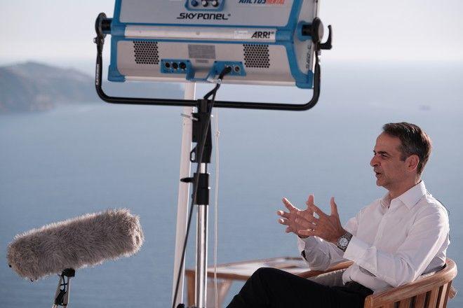 Συνέντευξη του Κυριάκου Μητσοτάκη στο CNN και στον Fareed Zakaria, από την Σαντορίνη