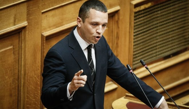 Βουλή: Νέο παραλήρημα χρυσαυγιτών για τις κυρώσεις εναντίον τους