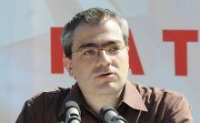 Ο Σουλτς απέβαλε τον ευρωβουλευτή του ΚΚΕ Κ. Παπαδάκη από την Ευρωβουλή...