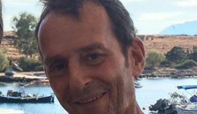 Πέθανε ο δημοσιογράφος Δημήτρης Τζάθας