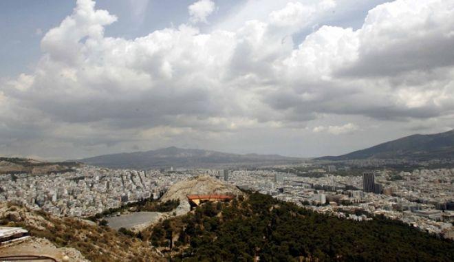 Εικόνες της Αθήνας από τον Λυκαβηττό,Τετάρτη 2 Ιουνίου 2010 (EUROKINISSI/ΤΑΤΙΑΝΑ ΜΠΟΛΑΡΗ)
