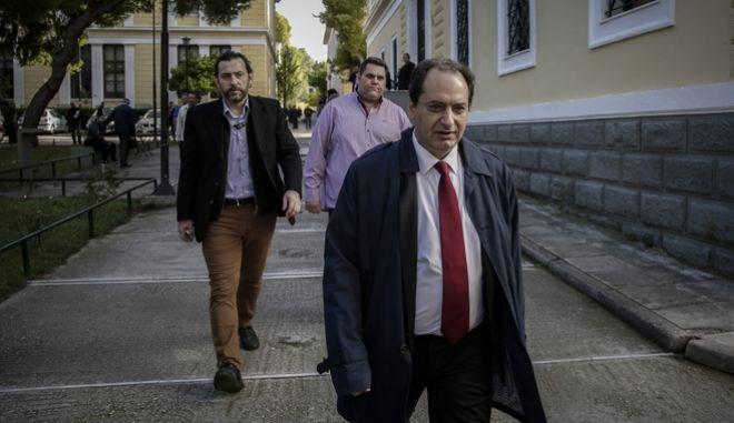 Ο υπουργός Μεταφορών και Υποδομών Χρήστος Σπίρτζης στα δικαστήρια της Ευελπίδων