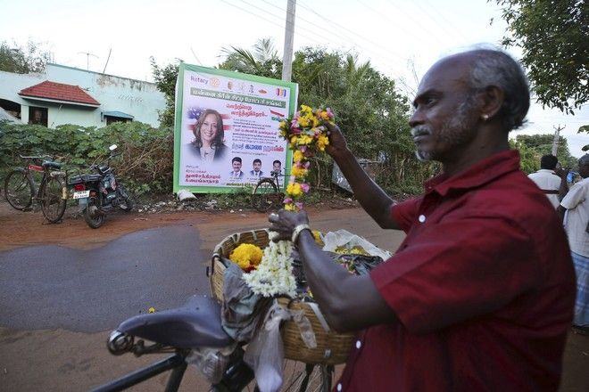 Στην Ινδία γιόρτασαν την εκλογή της Κάμαλα Χάρις