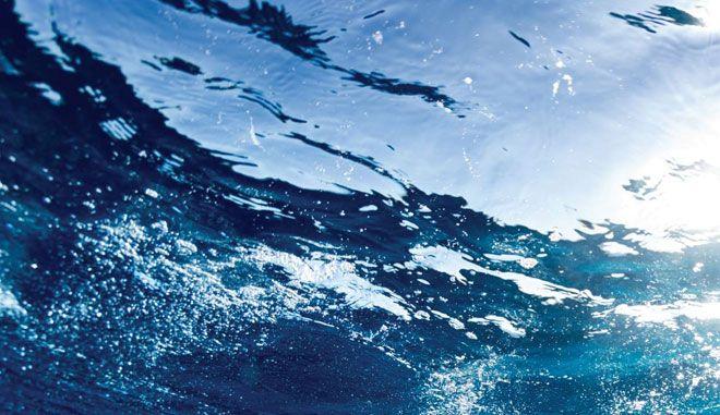 Στην υγειά μας, με νερό εξαιρετικό και πάμφθηνο