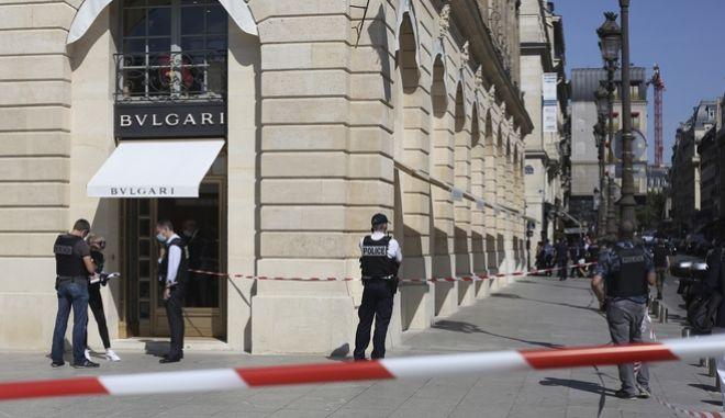 Κοσμηματοπωλείο του οίκου Bulgari, στην Place Vendome, στο Παρίσι.