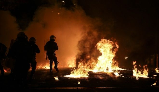 Riots in Exarchia on the eight-year anniversary of the murder of Alexis Grigoropoulos in Athens, Dec. 6, 2016 /                   ,  , 6 , 2016